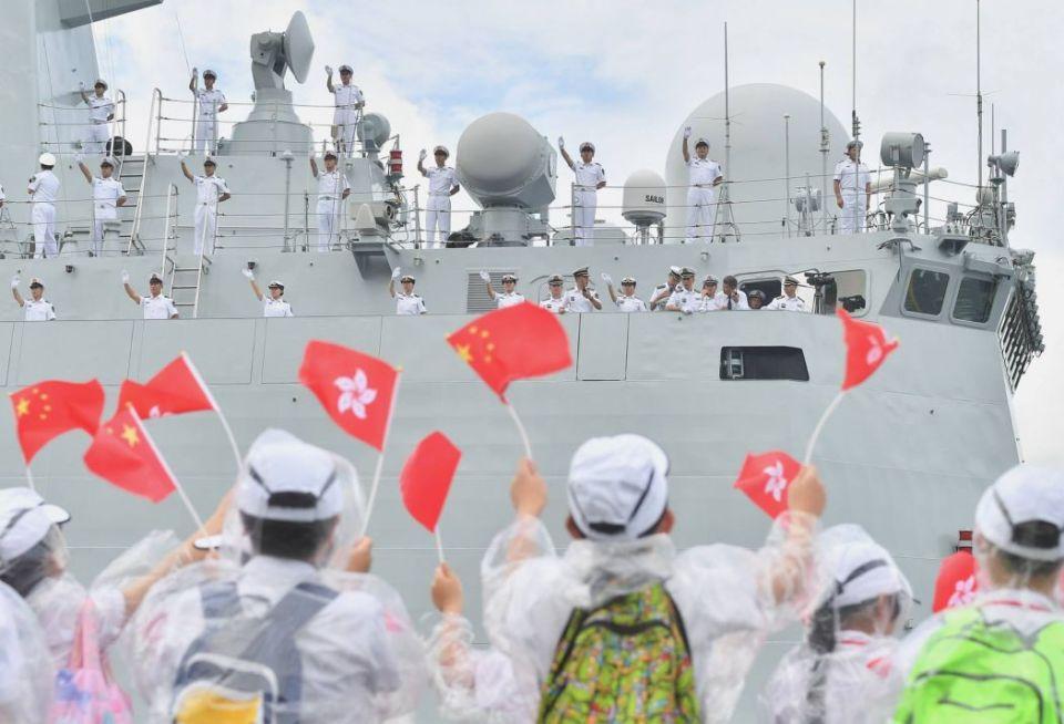 hong kong china flag liaoning
