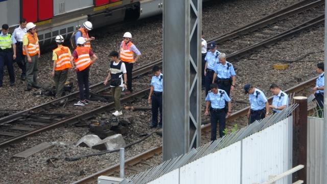 train derail mtr hung hom