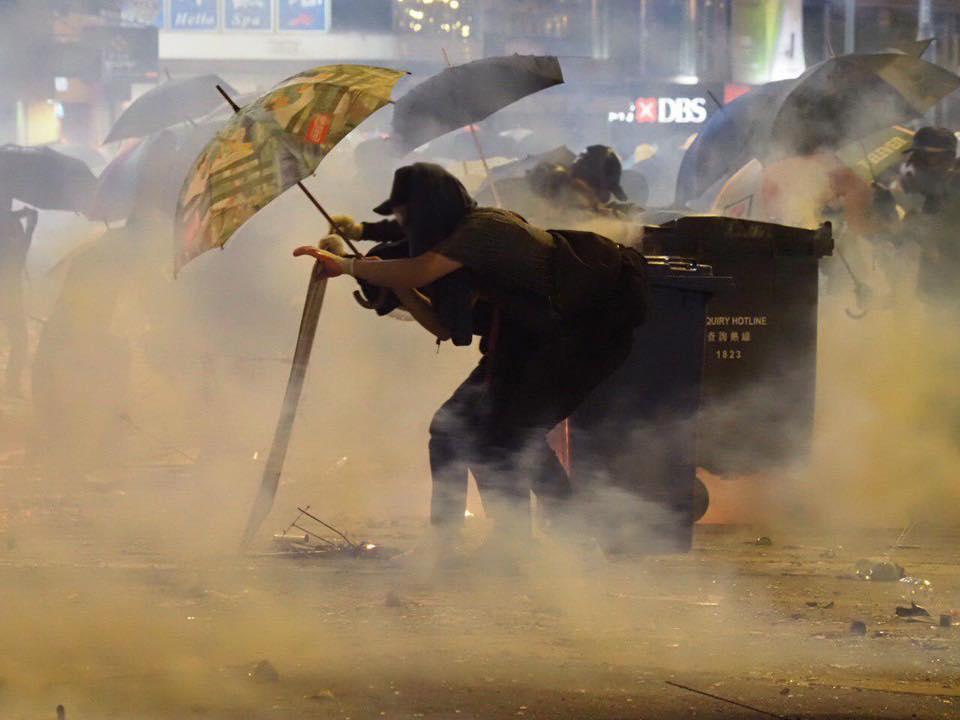 tear gas Jordan 18 November (3)a