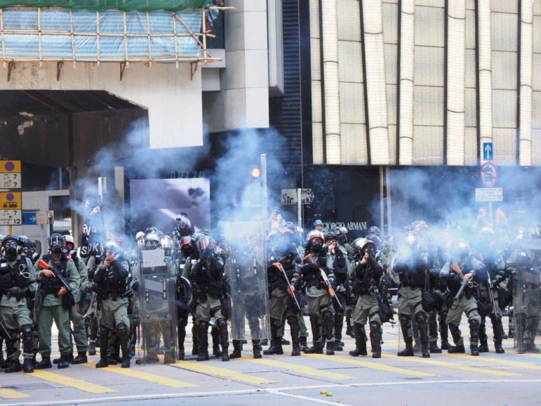 november 11 Central riot police tear gas
