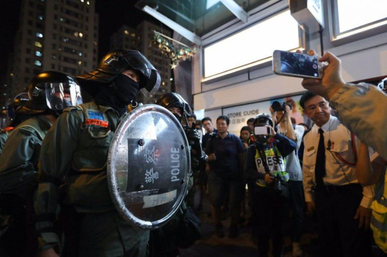"""""""December 1"""" Whampoa Hong Kong police protester road clearance"""
