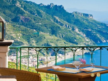 Word most beautiful restaurant view in the world italy