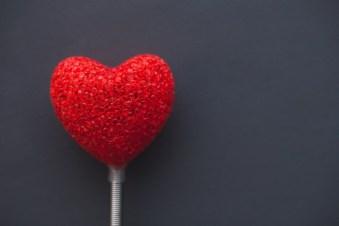 Liebe können wir schwer Lolassen - rotes Herz