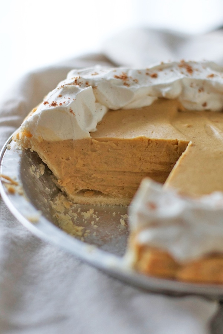 STYLECASTER | 17 Classic Pie Recipes That Deserve a Spot on Your Holiday Spread | Gingerbread Cream Pie