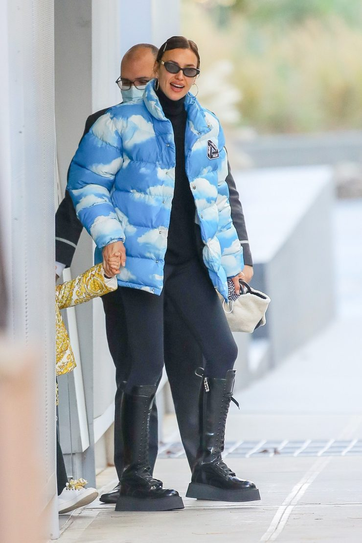 Irina Shayk Dresses Up Her Leggings With a Coveted Sold Out Puffer