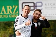 Luigi Falsone (r.), hier mit HFV 1-Co-Trainer und -Spieler Thorsten Hanisch