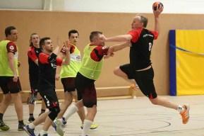 TVE gegen Niederpleis 2 - Klasse, Jungs! Handballer auf dem Weg Richtung Aufstieg