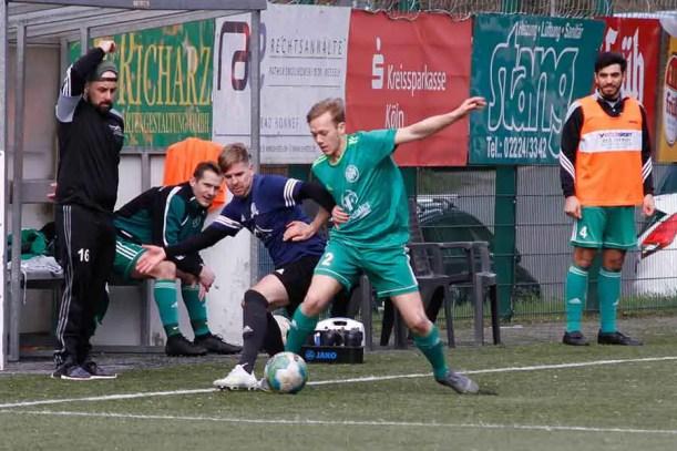 HFV2 Hertha Rheidt2 23 - HFV 2 besiegte Hertha Rheidt 2 in der letzten Spielminute