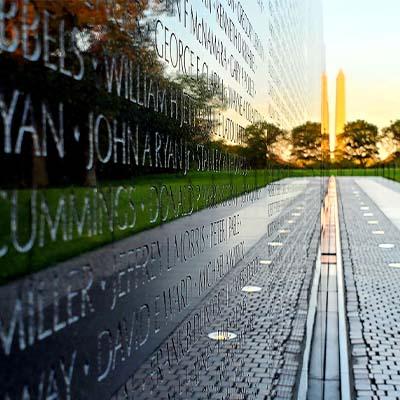 Washington DC/ Vietnam Veterans Memorial Connect & Honor
