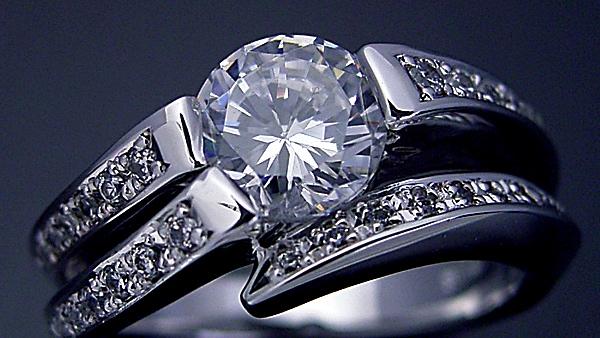 1カラットダイヤの選び方ってあるの?