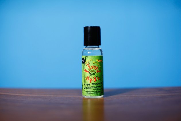Lizard Spit Travel Fingerboard OIL (MP14)