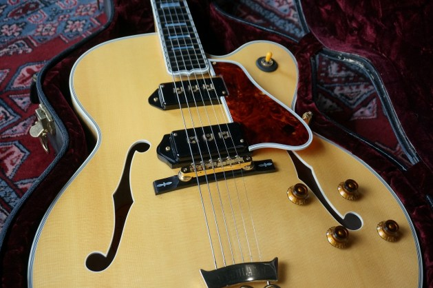 SP店:Gibson Custom Shop / 2002 Byrdland w/ Alnico AN 【USED】