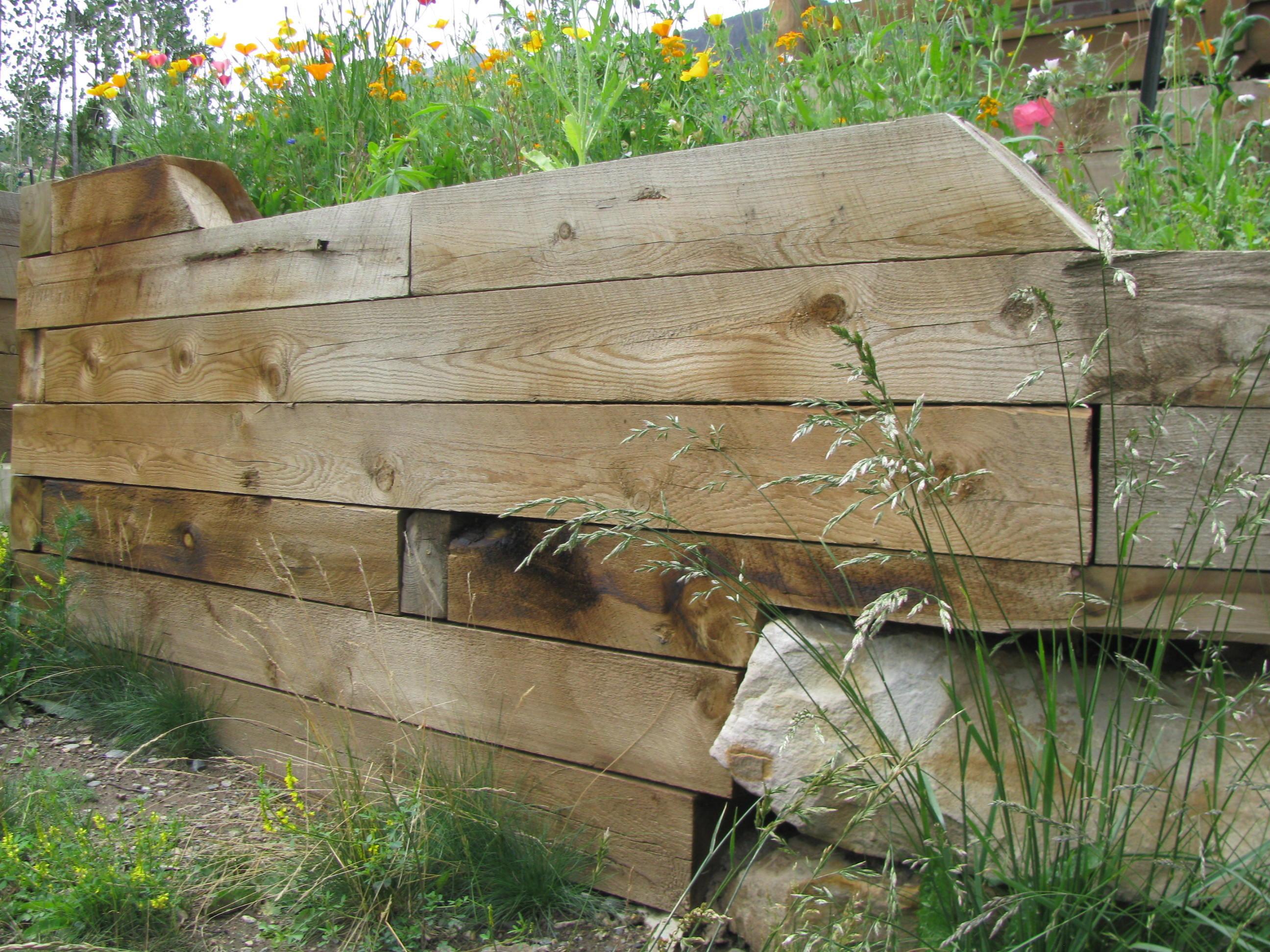 retaining wall builder colorado