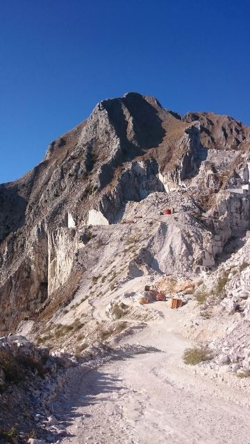 Marmergroeve in Carrara 2