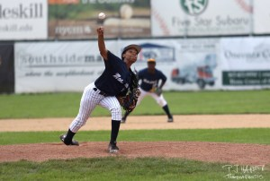 Mo'ne Davis delivers a pitch at Damaschke Field.