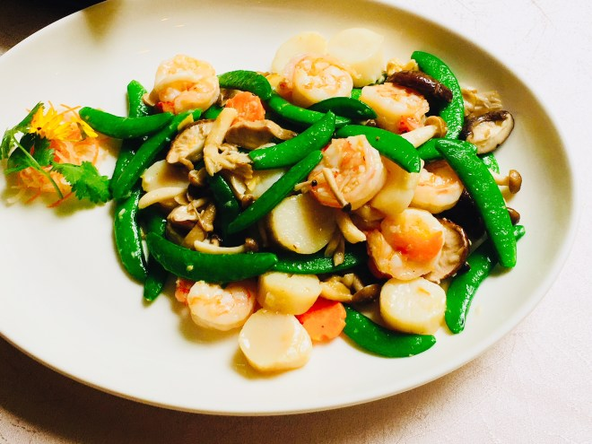 Stirfried Prawns and Scallops with assorted mushrooms