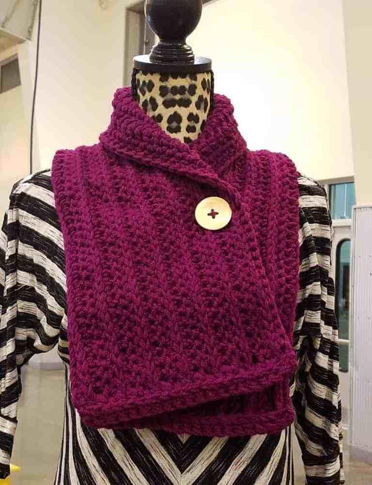 Short Scarf Scarfette Free Crochet Pattern Hooked By Kati