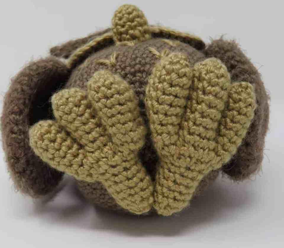Owl Amigurumi - Free Crochet Pattern - StringyDingDing | 837x960