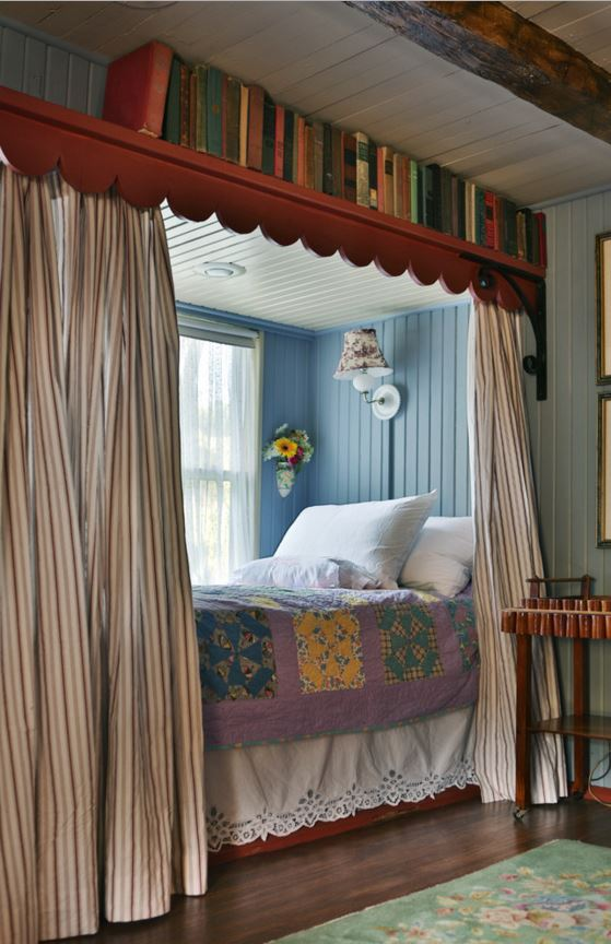 Colorful & Cozy: Gosherd Valley Cottage in Missouri ...
