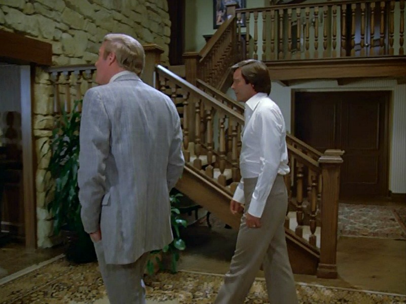 Hart to Hart TV show entry hall staircase