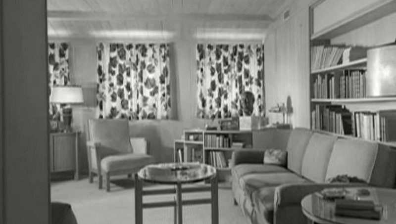 old photo of Hart to Hart house interior before expansion