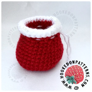 19 Free Amigurumi Christmas Santa Crochet Patterns | Christmas ... | 300x300
