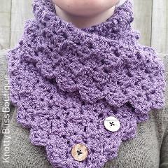 Folded Ivy Cowl Crochet Pattern