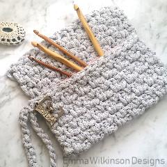 Moss Stitch Pouch Free Crochet Pattern