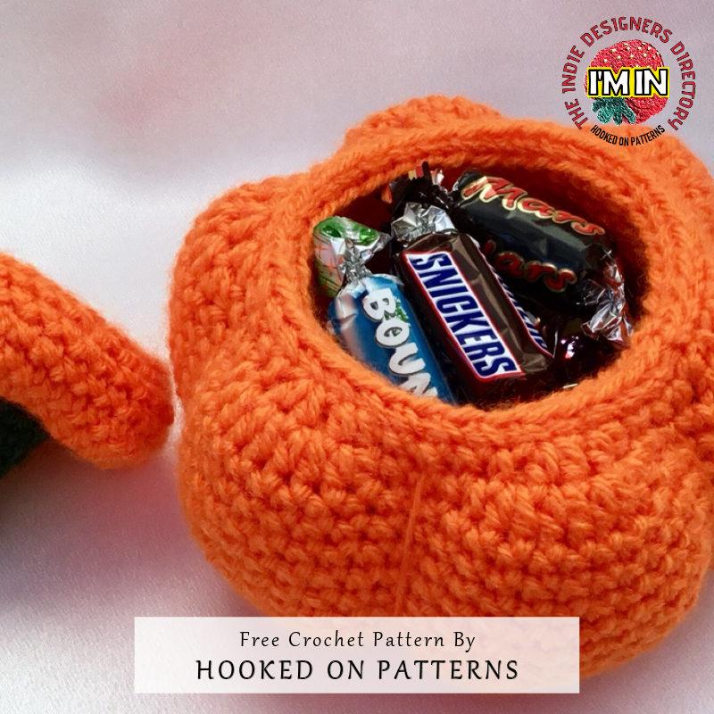 Pumpkin Pots Halloween Free Crochet Pattern - Trick Treat Sweets