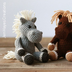 Small Horses Free Crochet Pattern