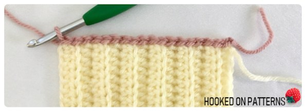 Free Crochet Baby Mittens Crochet Pattern - Row 1