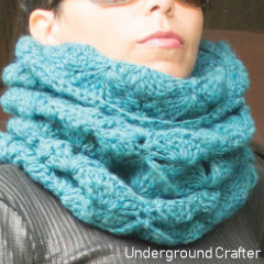 Flying Geese Cowl Free Crochet Pattern