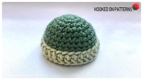 Free Crochet Snowman Baubles Pattern - Hat brim