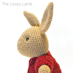 Buttons the Bunny Free Crochet Pattern
