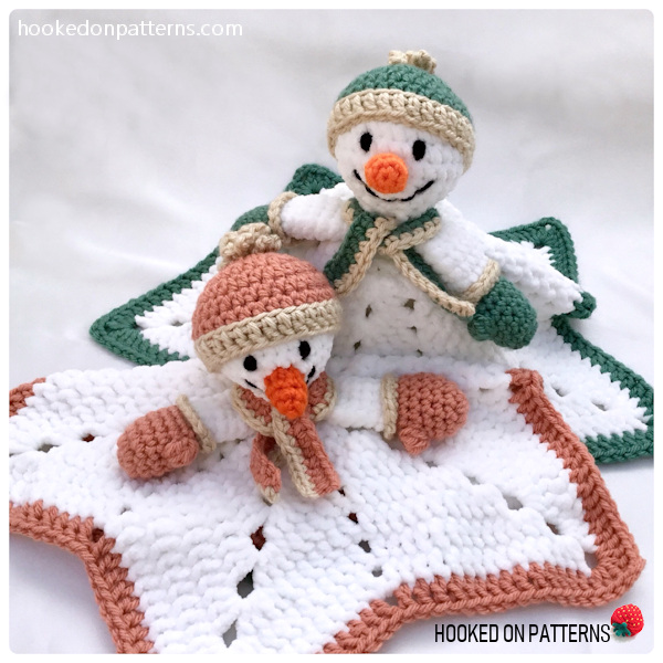 Free Snowman Lovey Crochet Pattern - 2 snowman lovies posed together