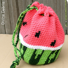 Thumbnail image of the Wonderful Watermelon Bag free crochet pattern