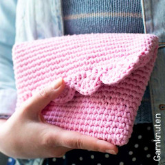 Thumbnail image of the Rosali Clutch Bag free crochet pattern