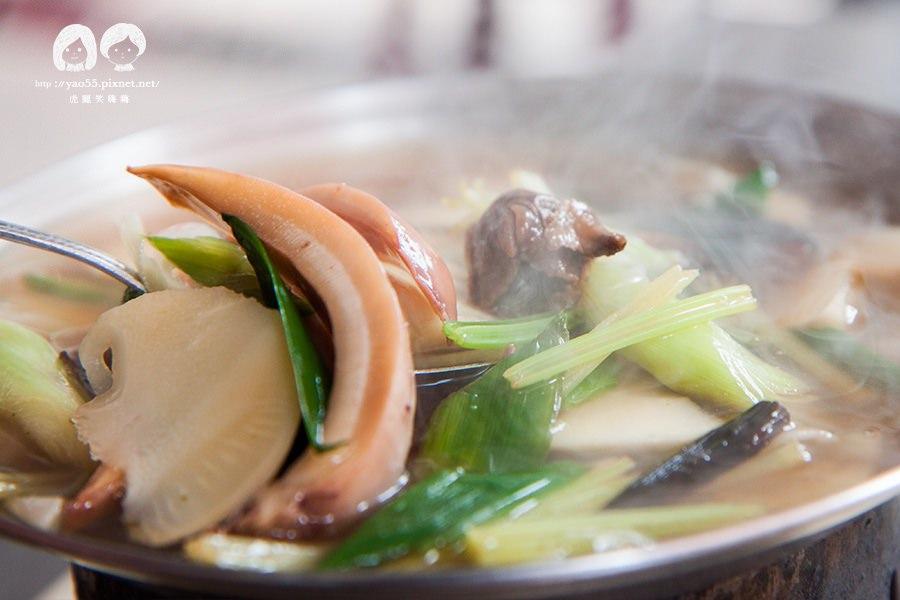 【美食】高雄鹽埕 招待政商名流的酒家菜!小西門燉肉飯,魷魚螺肉火鍋讓人愛不釋口