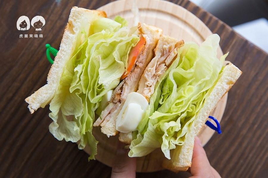 秘密基地 高雄 三民區 咖啡 早午餐 燻雞三明治 80 +起司10