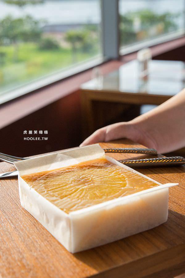 小紅食堂 鳳梨卡特卡 4吋方 NT$380 紅毛港文化園區 高字塔旋轉餐廳