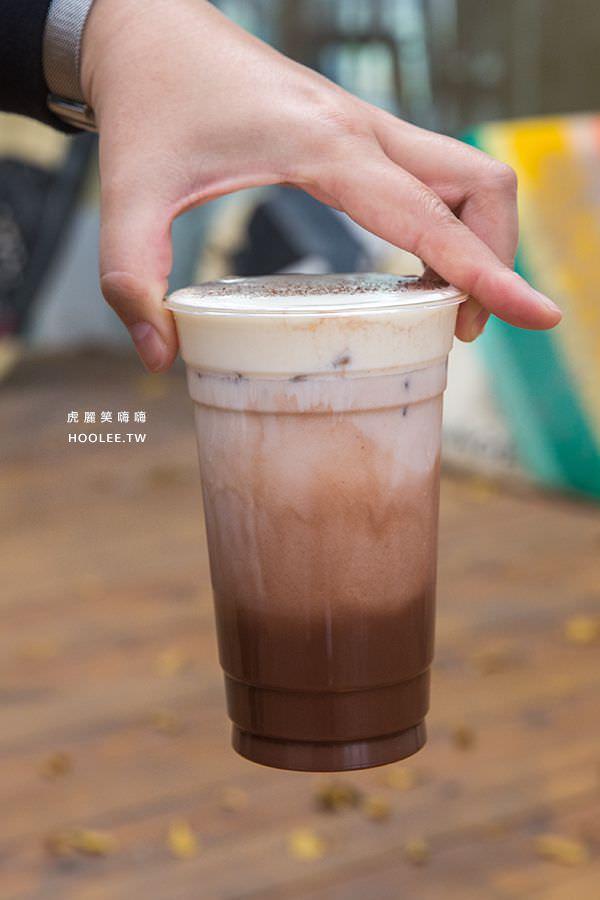 泮咖啡x三思樹 高雄景點 蓮池潭 黑糖海鹽奶蓋可可 NT$180