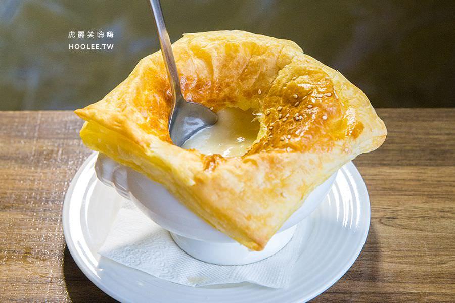 喬義思窯烤手作廚房 楠梓美食 酥皮香濃玉米濃湯 單點NT$59