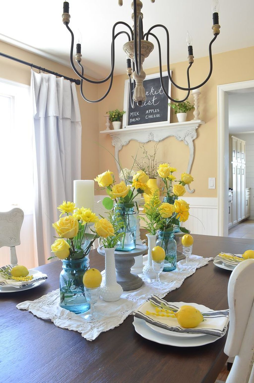 Amazing Summer Dining Room Decor Ideas 15