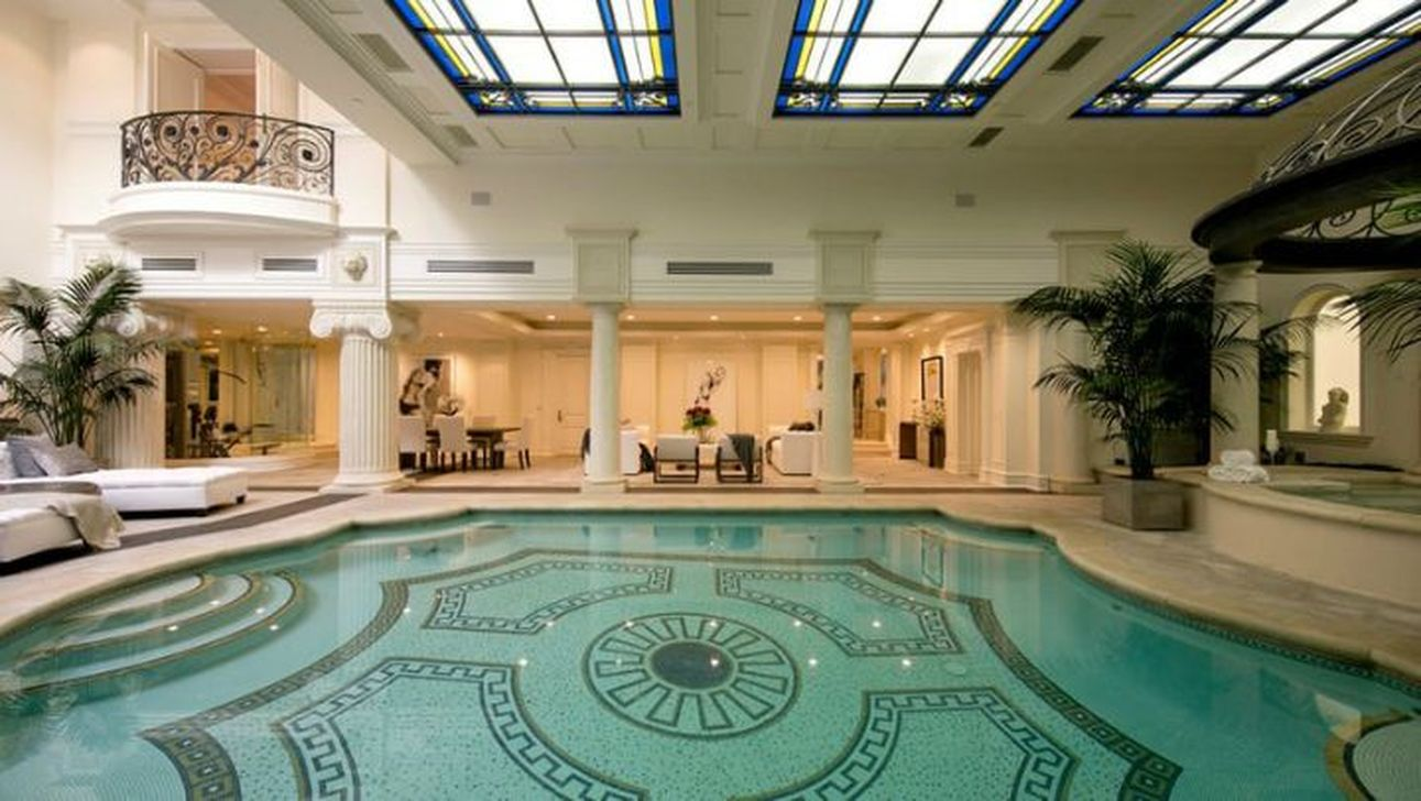 The Best Mediterranean Swimming Pools Out Of Your Dream 04