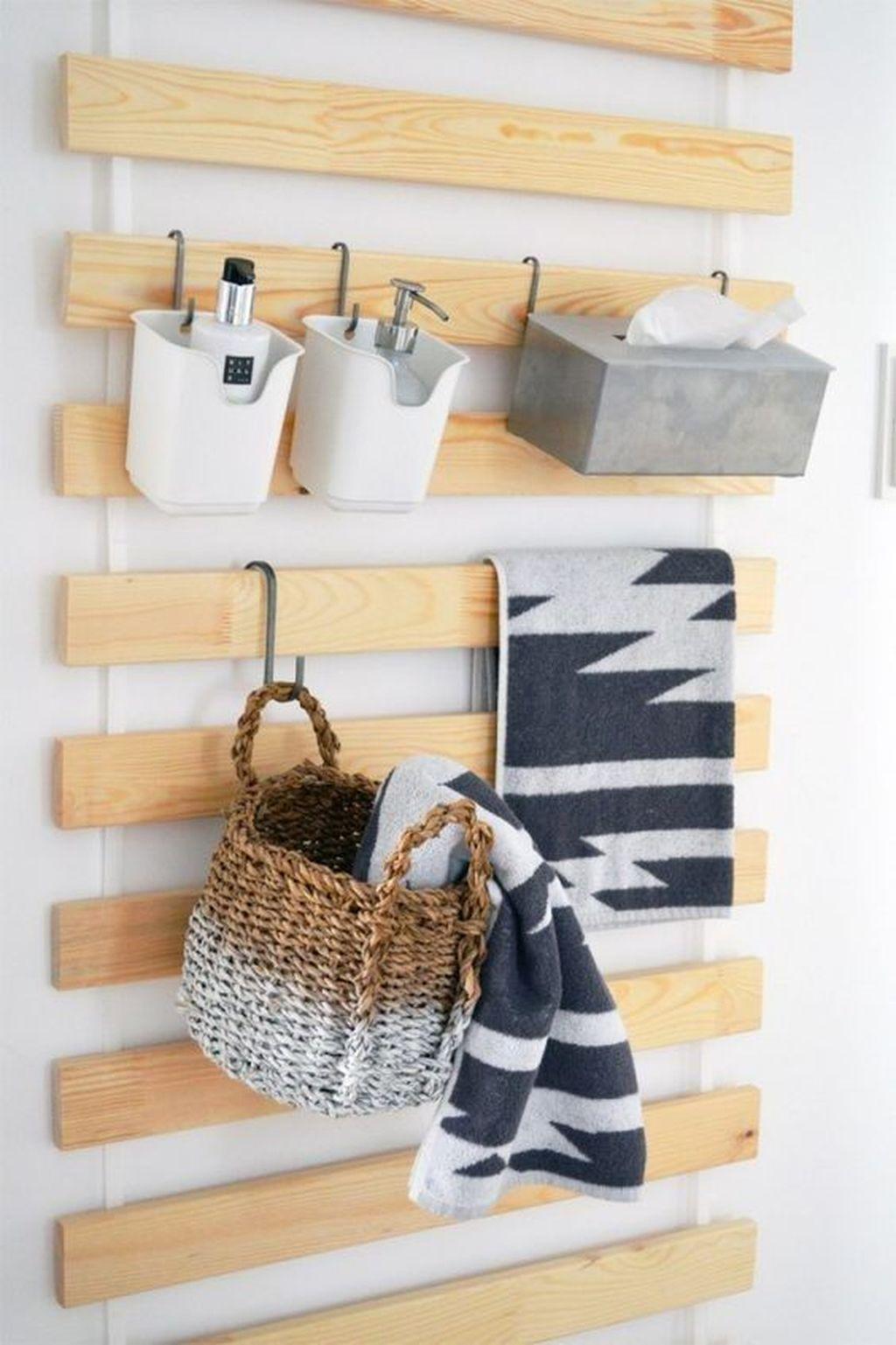 Amazing Bathroom Storage Design Ideas For Small Space 03