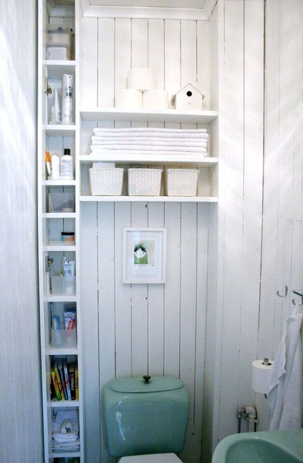 Amazing Bathroom Storage Design Ideas For Small Space 13