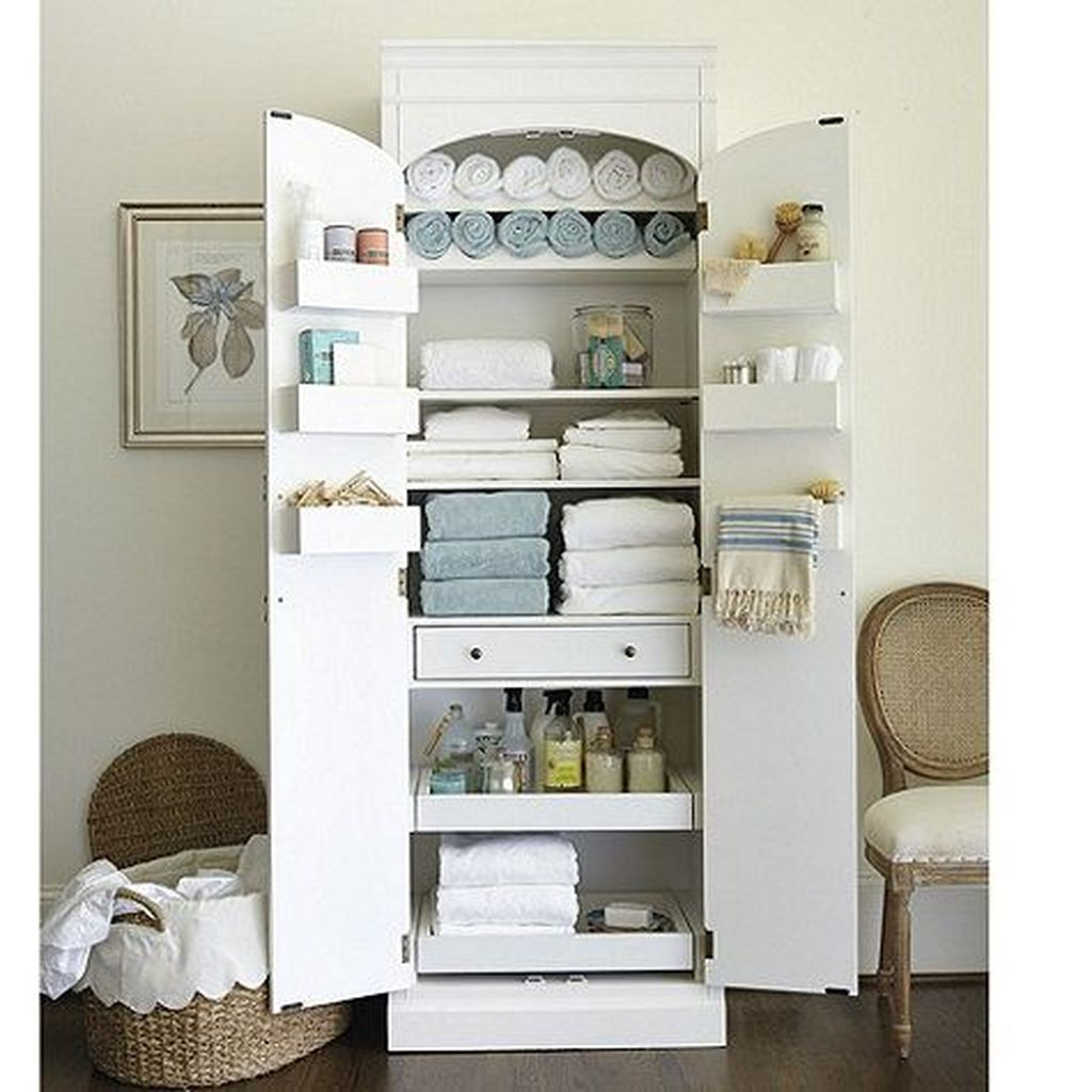 Amazing Bathroom Storage Design Ideas For Small Space 28