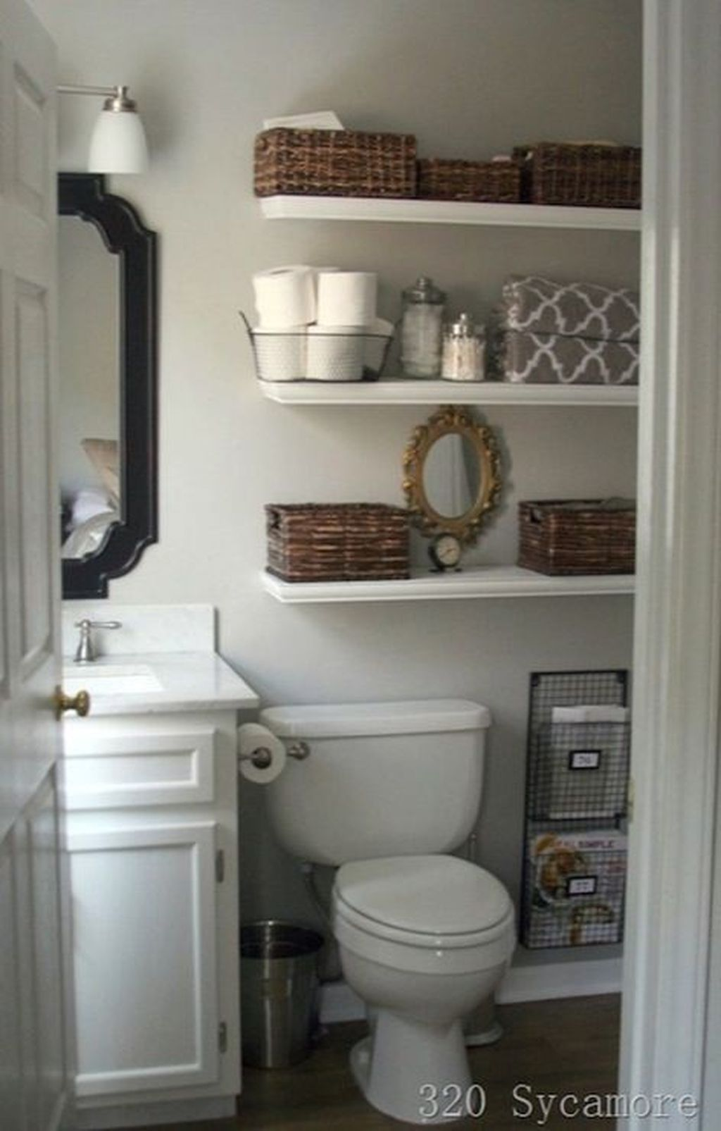 Amazing Bathroom Storage Design Ideas For Small Space 32