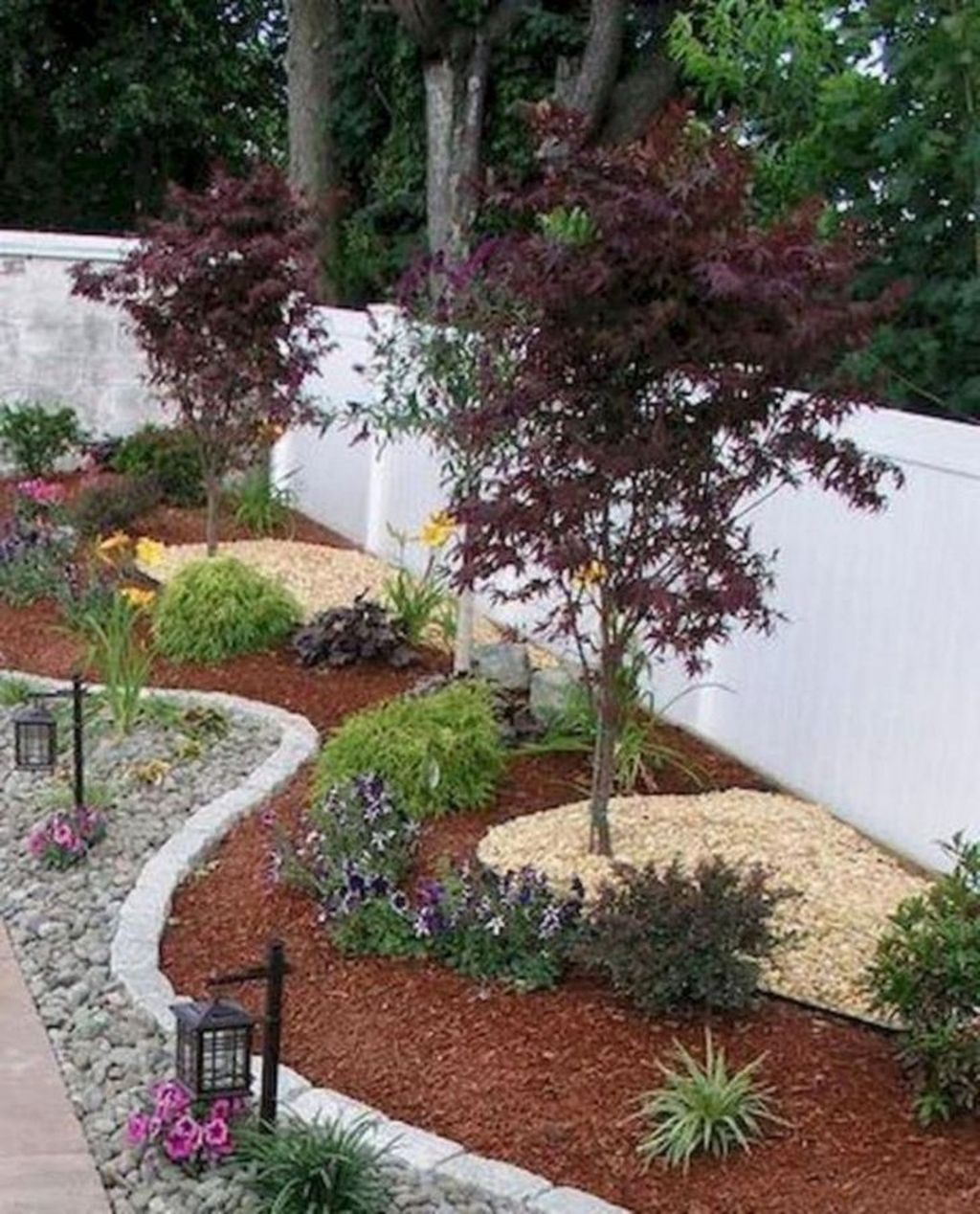 Awesome Backyard Landscaping Ideas With Elegant Accent 05