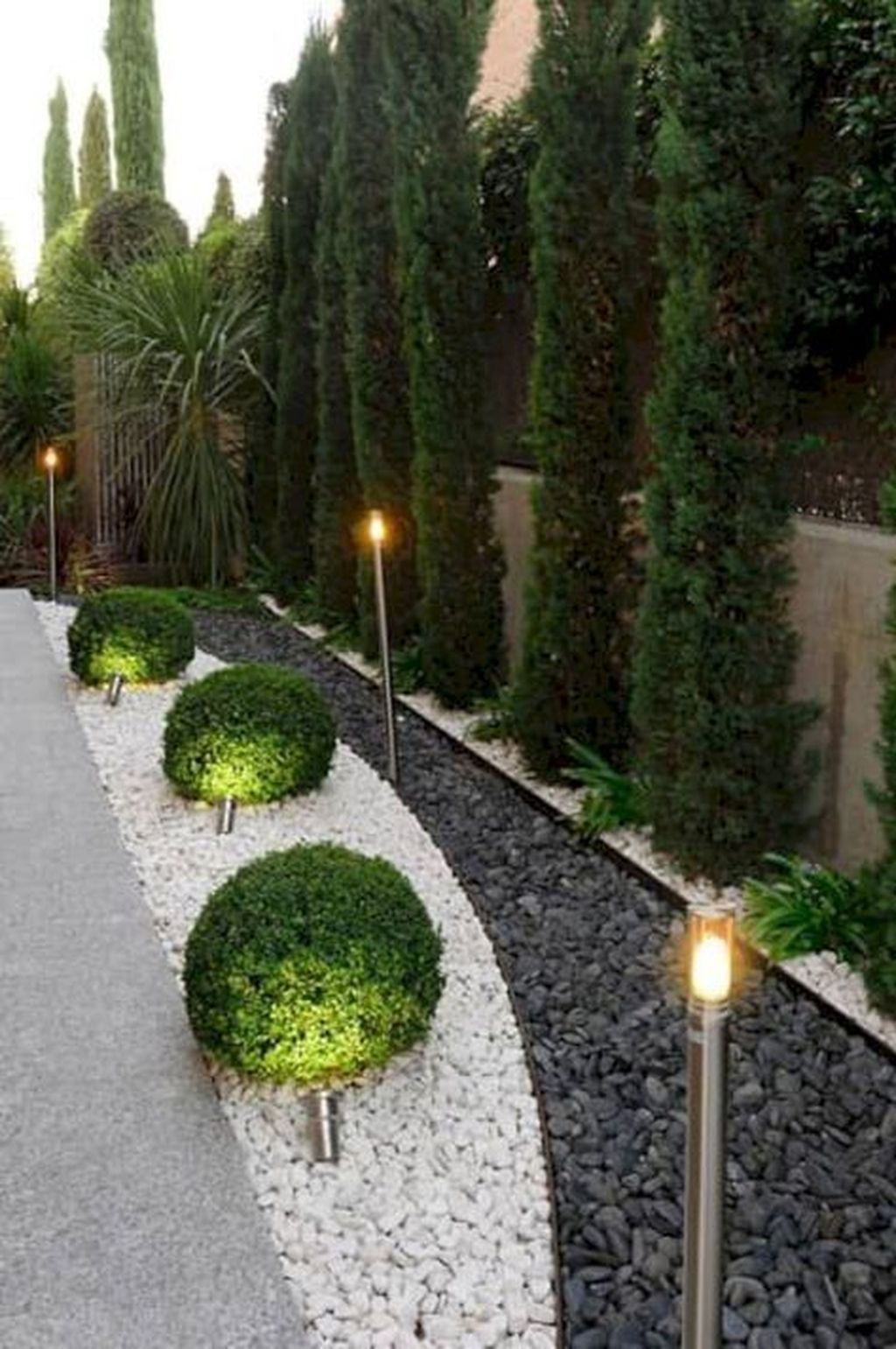 Awesome Backyard Landscaping Ideas With Elegant Accent 26